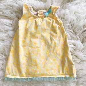 Sweet floral dress!